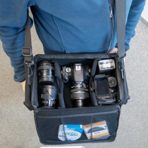Dörr Action Black No.6 Kameratasche mit Platz für Zubehör - Fototasche für Spiegelreflexkamera Bridgekamera Systemkamera no6 - 4