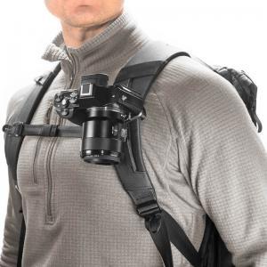 Peak Design Capture Clip v3 Black inkl. Standard Plate - Kameraclip zum Tragen von DSLR-/DSLM-Kameras an Gurten oder Gürteln - 1